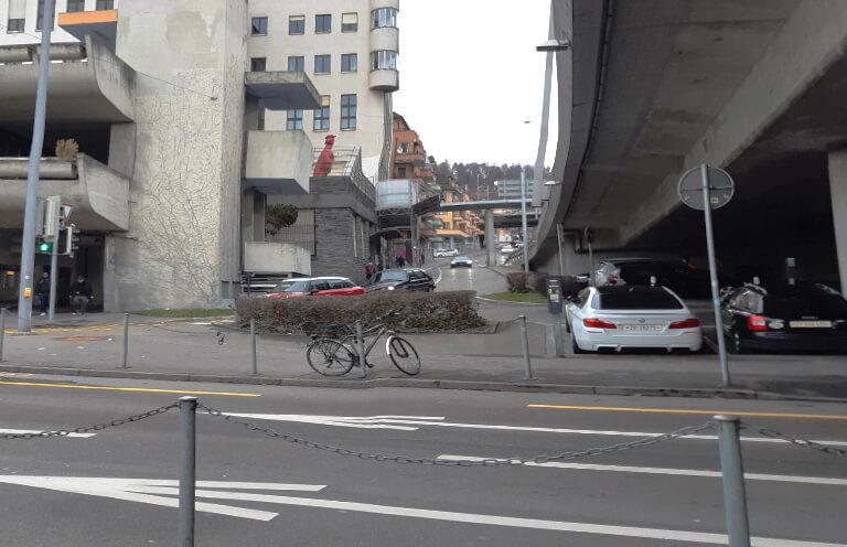 Wipkingerplatz und Hardbrücke, Strasse
